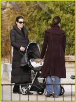 Angelina-Jolie-Maddox-Zahara-Playground42