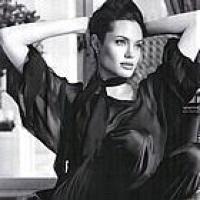 Angelina-Jolie-St-John-Ads-05