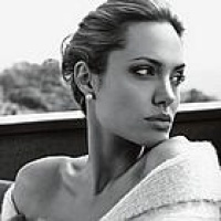 Angelina-Jolie-St-John-Ads-08